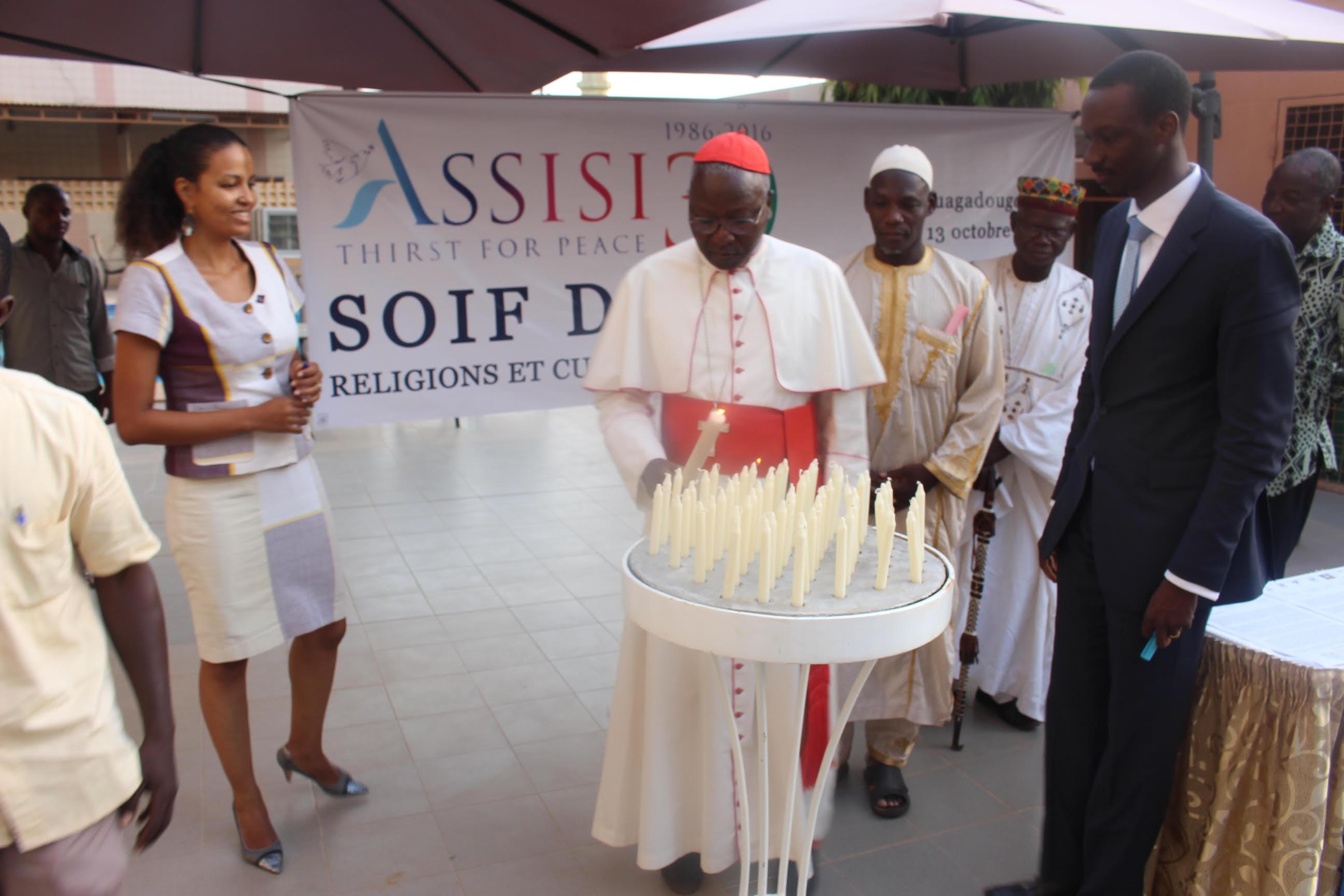 """""""Szomjazzuk a békét"""" – vallásközi béketalálkozók Beninben és Burkina Fasóban"""